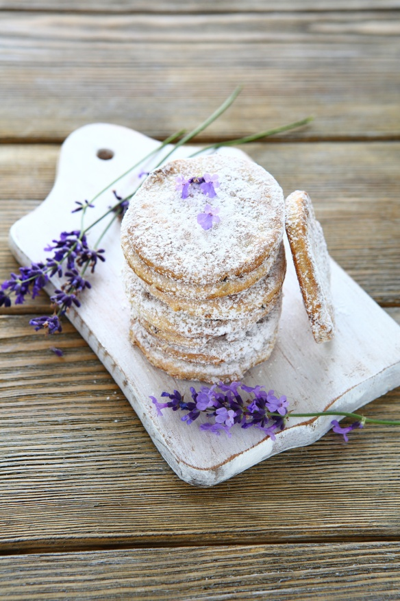 stack shortbread cookies and lavender flowers